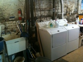 basement-laundry-room-600x450